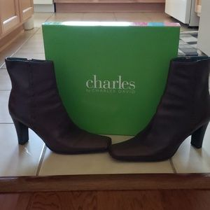Charles By Charles David Leather Ankle Boots 8.5